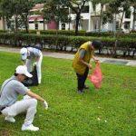 Những người già ở Singapore
