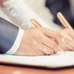 Những bất ngờ và hướng xử lý khi không còn quy định về di chúc chung của vợ chồng